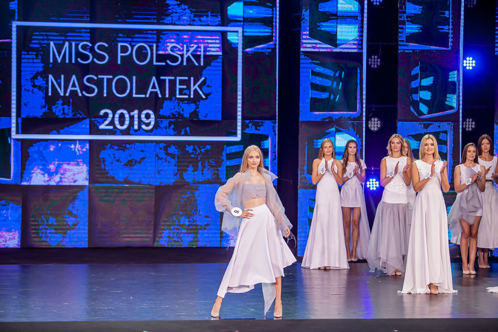 be a model miss polski nastolatek